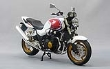 AOSH095317 - 1:12 Scale Honda CB1300 Super Four