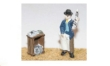 LANGF67 - Unpainted - Newspaper Vendor and Soapbox