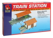HO Scale - Train Station